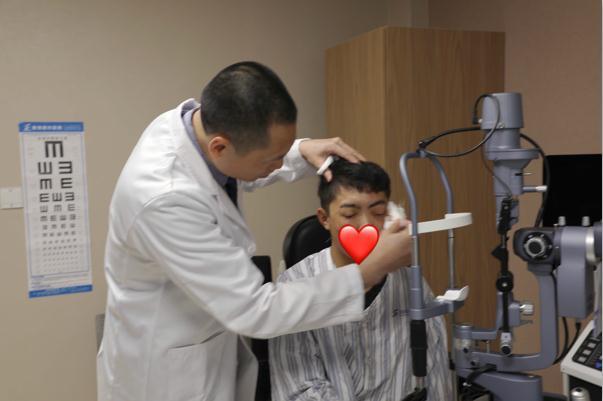 眼角膜手术