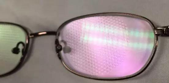 近视离焦眼镜